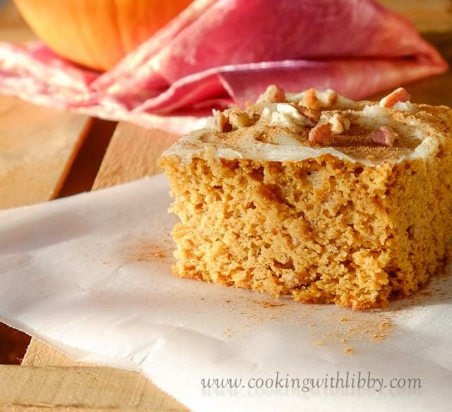 Looking for an easy dessert to make for your next Thanksgiving dinner? Then try this recipe for Pumpkin Spice Cake! The cake itself is made of pumpkin and spiced cake mix, however, the topping is a homemade cream cheese frosting combo. Made with all of the flavors of your favorite fall treats, this cake will be the hit of your next holiday get together! #fallrecipes #baking #desserts #dessertrecipes #cake #pumpkin #dessertfoodrecipes #Thanksgivingrecipe